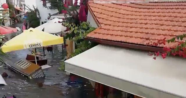 Deprem sonrası sular çekildi