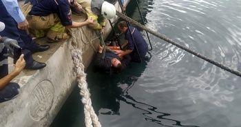 Denize düşen şahsa koronavirüs nedeniyle el uzatmadılar