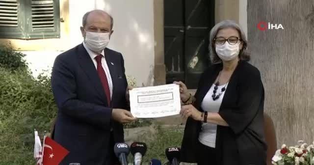 KKTC'nin 5'inci Cumhurbaşkanı Tatar mazbatasını aldı