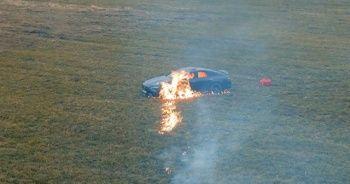 Rus sosyal medya fenomeni lüks aracını benzin dökerek yaktı