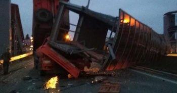 Rusya'da dikkatsiz kamyon sürücüsü canından oldu