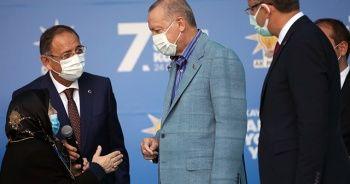 """Safiye Teyze'den Cumhurbaşkanı Erdoğan'a: """"Bayraktar'a benim için bir sarıl"""""""