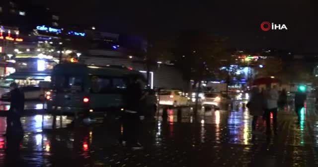 Üsküdar'da yağmur etkili oldu