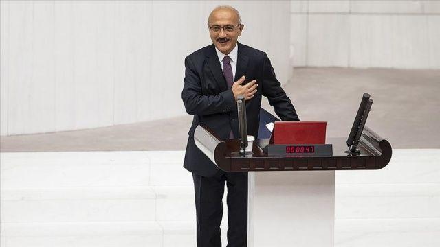 Hazine ve Maliye Bakanı Elvan TBMM'de yemin etti