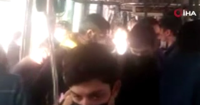 Tramvayda sosyal mesafesiz yolcu yoğunluğu kamerada