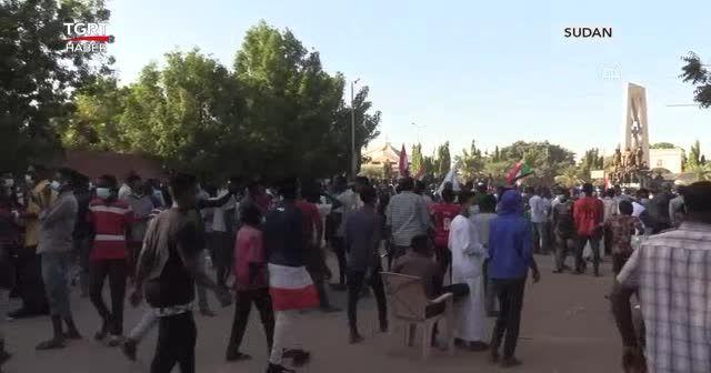 Aralık Devrimi'nin yıldönümünde protestolar