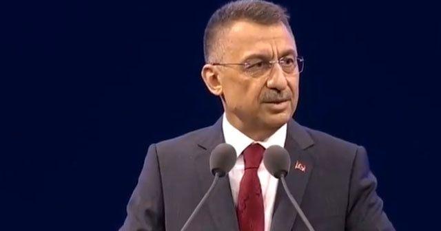 Cumhurbaşkanı Yardımcısı Fuat Oktay konuşma yaptığı sırada fenalaştı