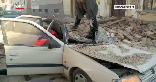 Hırvatistan'da 6,4 büyüklüğünde deprem: 7 ölü