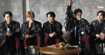 Güney Koreli ünlü K-Pop grubu erik dalı oynadı