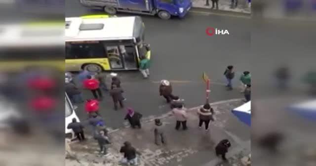 İstanbul'da otobüs şoförünü darp eden 3 maganda tutuklandı