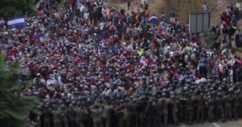ABD'ye gitmeye çalışan göçmenlere Guatemala ordusu müdahale etti