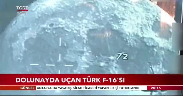 Dolunayda uçan Türk F-16'sı
