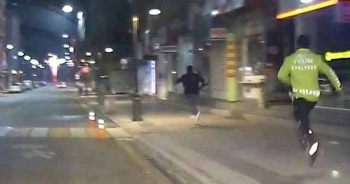 Tüfekle kaçan genç kovalamaca sonucu yakalandı