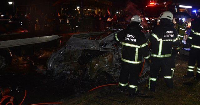 Zincirleme trafik kazasında 3 otomobil yandı