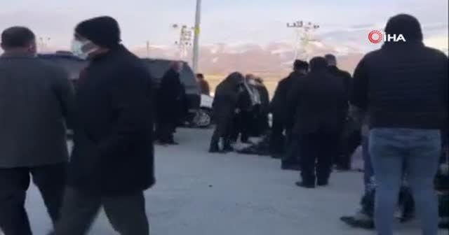 Güvenlik korucusu aracının yanında ölü bulundu