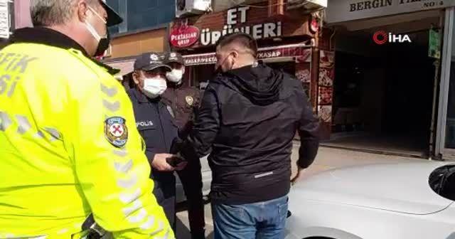 Ceza yazılınca polisin üzerine yürüyerek bağırdı