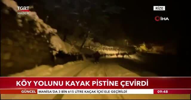 Köy yolunu kayak pistine çevirdi