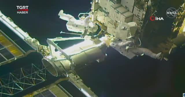 Astronotlar son uzay yürüyüşüne çıktı