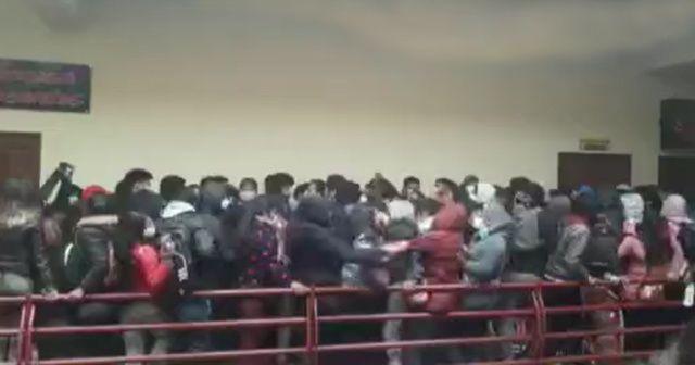 Bolivya'da facia: 5 ölü, 3 yaralı