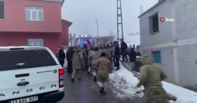 Bitlis'te askeri helikopter düştü: 9 şehit, 4 yaralı