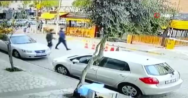 İzmir'de film gibi olay: Müşteri gibi bindiği taksiyi kaçırdı