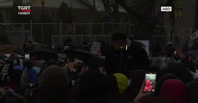 Tepkilere dayanamayan polisler istifa etti