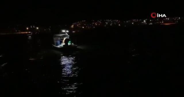 Tekneler karaya oturdu, 7 kişi mahsur kaldı
