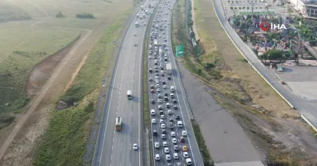 İstanbul'da bayram öncesi trafik yoğunluğu