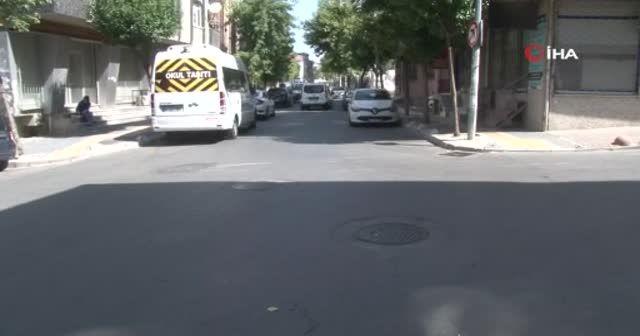 Kadına şiddet dur durak bilmiyor: Genç kadına sokak ortasında tekme tokat saldırdı