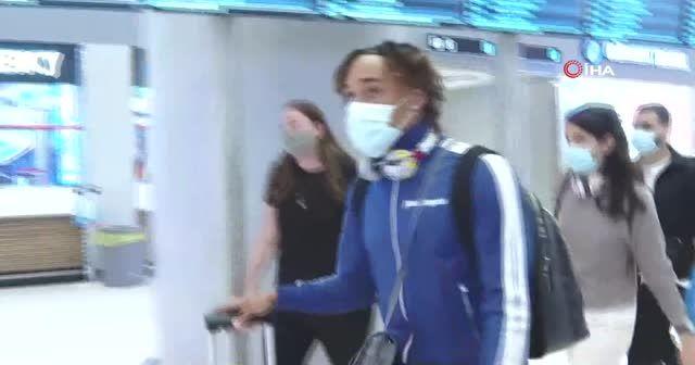 Galatasaray'ın yeni transferi Sacha Boey, İstanbul'da