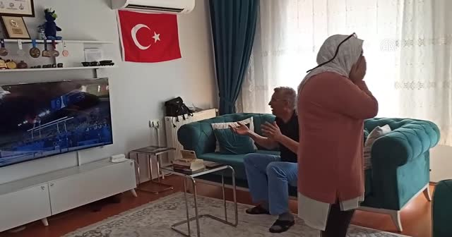 Arıcan ailesinin 'olimpiyat madalyası'  heyecanı kamerada