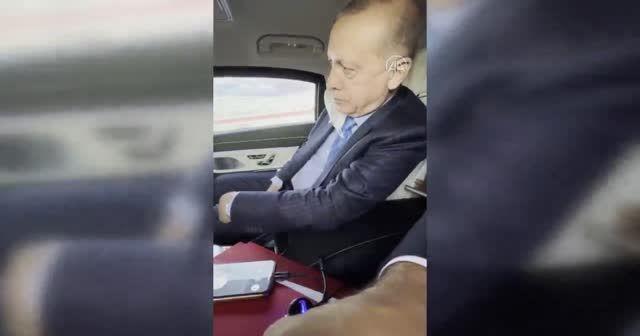 Cumhurbaşkanı Erdoğan, Filenin Efeleri'ni tebrik etti