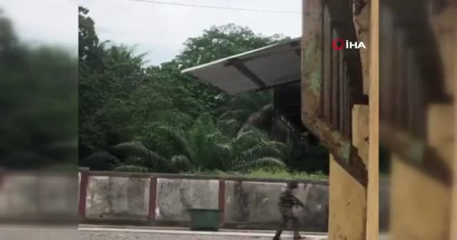 Gine'de cumhurbaşkanlığı sarayı yakınlarında silah sesleri