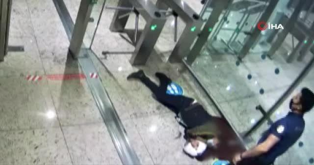 Midesindeki kokain patlayan kurye havalimanında feci şekilde öldü