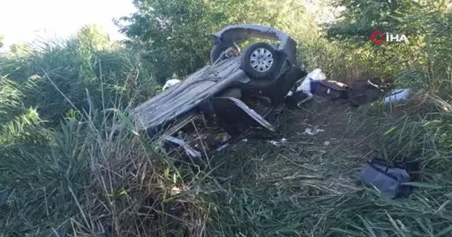 Yoldan çıkan araç şarampole uçtu: 6 yaralı