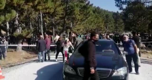 Afyonkarahisar'da öğrenci servisi devrildi
