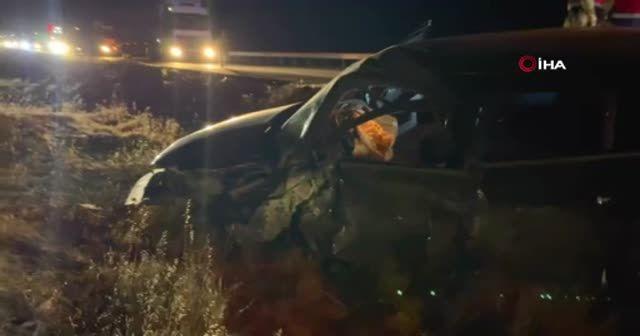 Kaza yapan alkolü polis memuru, trafik ekiplerine zor anlar yaşattı