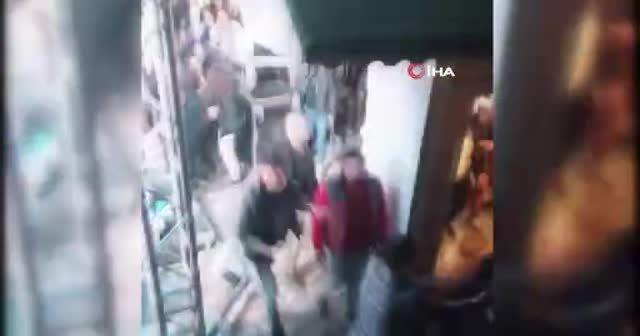 Serdar Ortaç konserinde büyük kavga! Yumruklar havada uçuştu